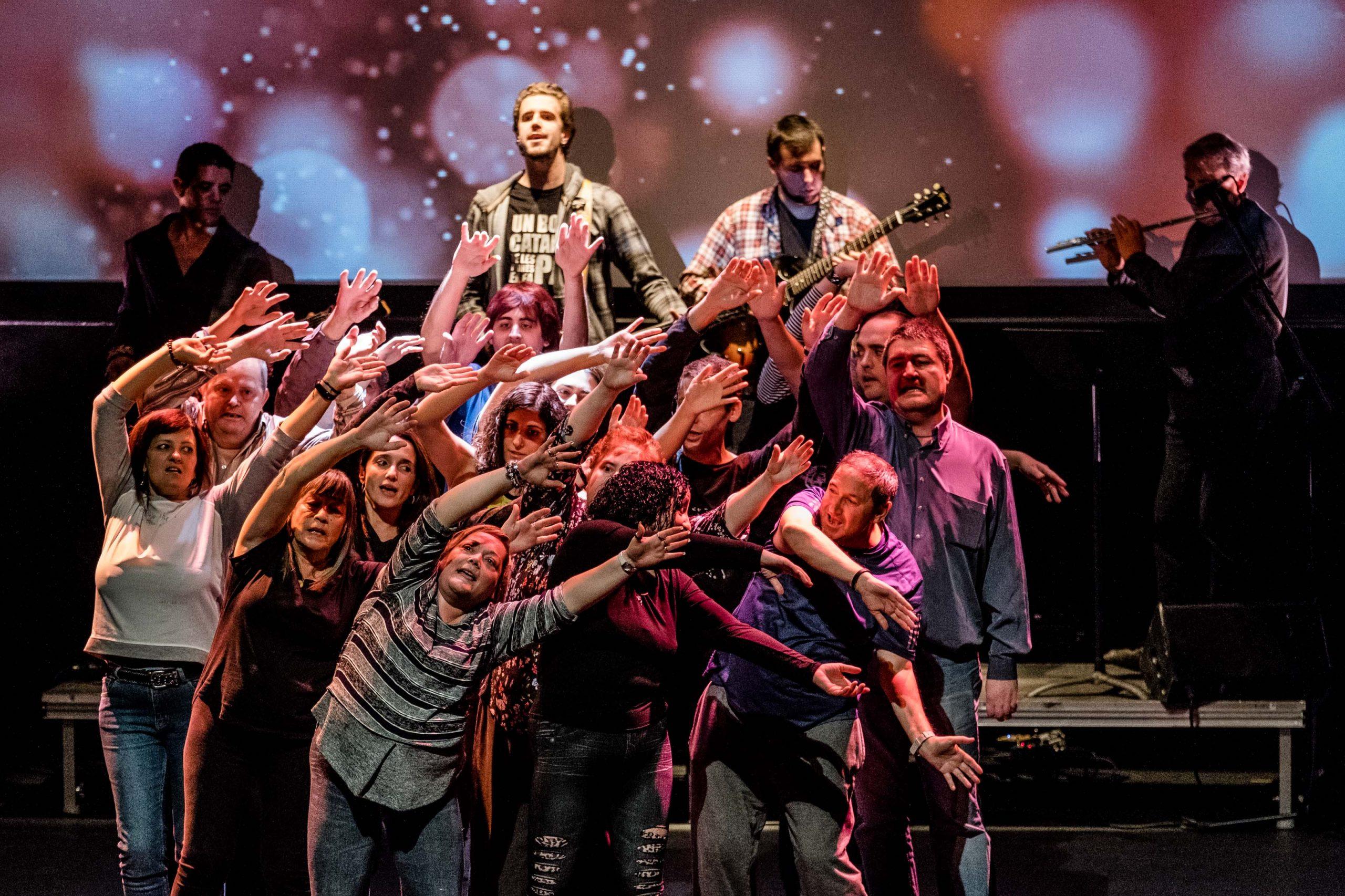 Reestrena de l'espectacle 'Jo bé, i tu?', d'Osonament, al Teatre Cirvianum de Torelló